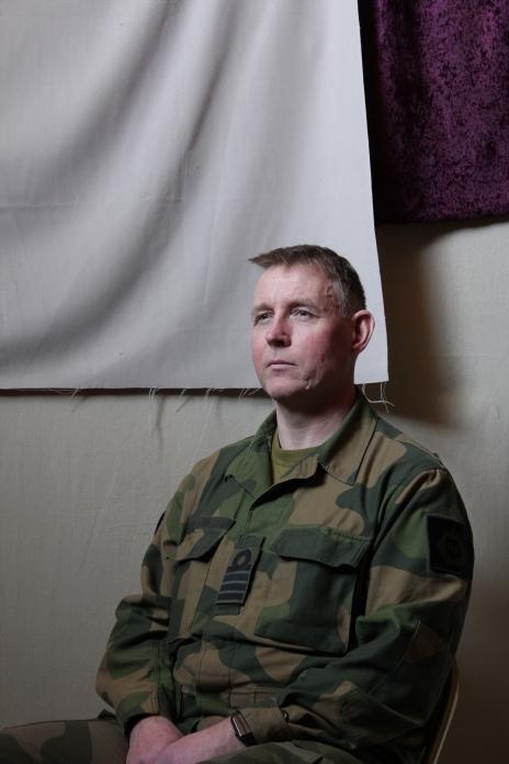 Navy Captain Jon Ivar Kjellin posing